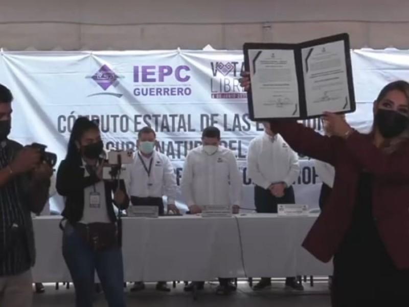 Recibe Evelyn Salgado, constancia como gobernadora electa