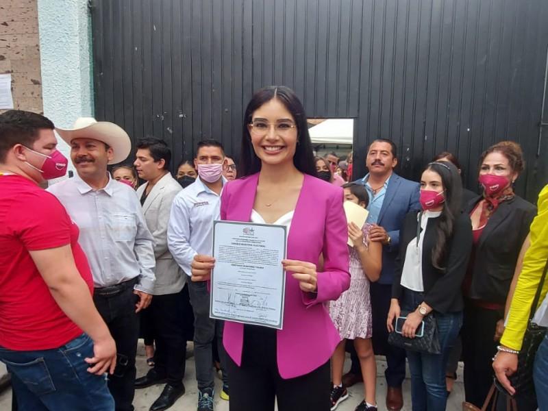 Recibe Geraldine Ponce constancia como Presidenta Municipal de Tepic