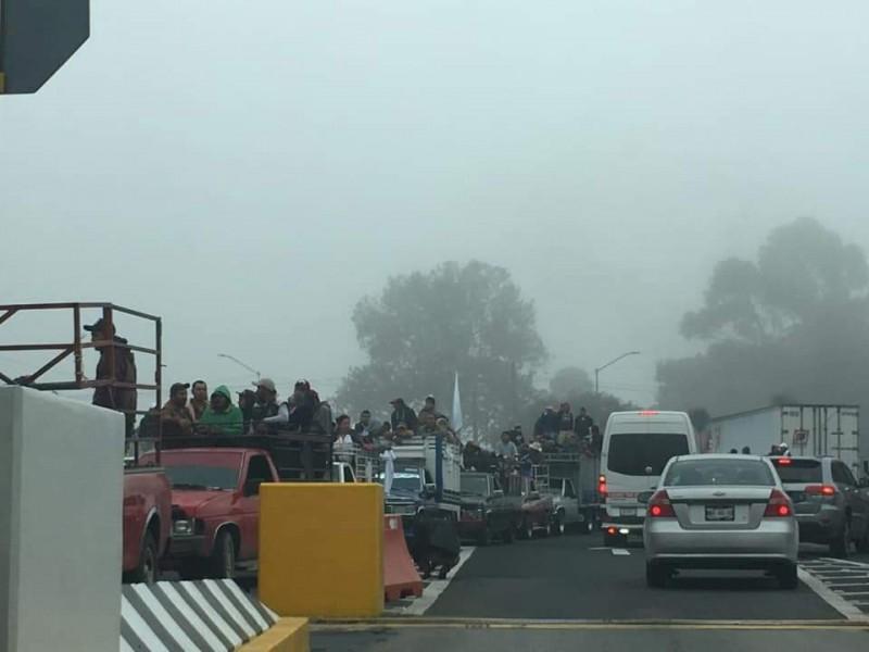 ♻️Recicladores desquician autopistas; cierran entradas a CDMX