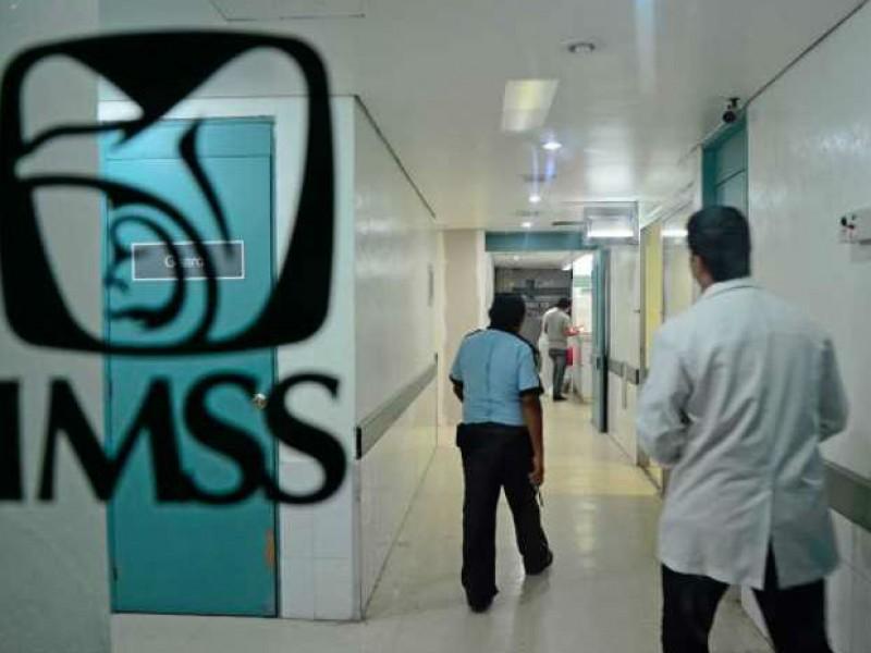 Reclama titular de IMSS recursos de Prospera