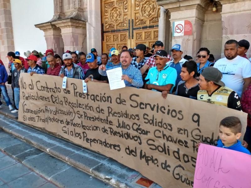 Reclaman afectación laboral trabajadores de limpia en Guadalupe