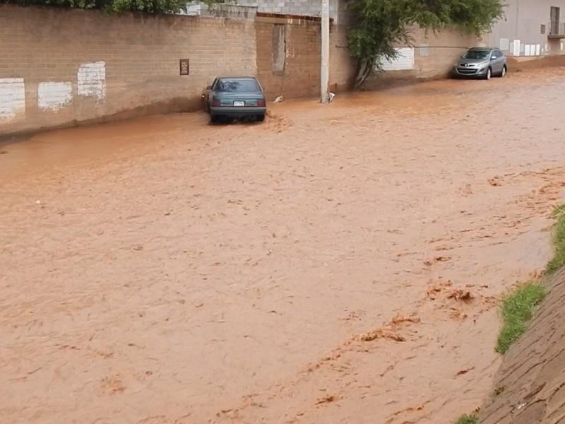 Recomienda protección civil precaución con arroyos crecidos