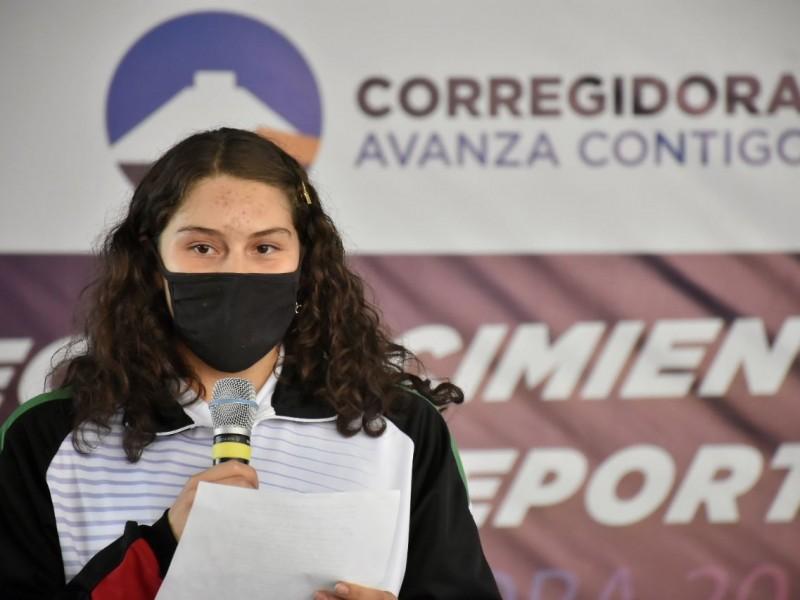 Reconocen a deportistas de alto rendimiento en Corregidora