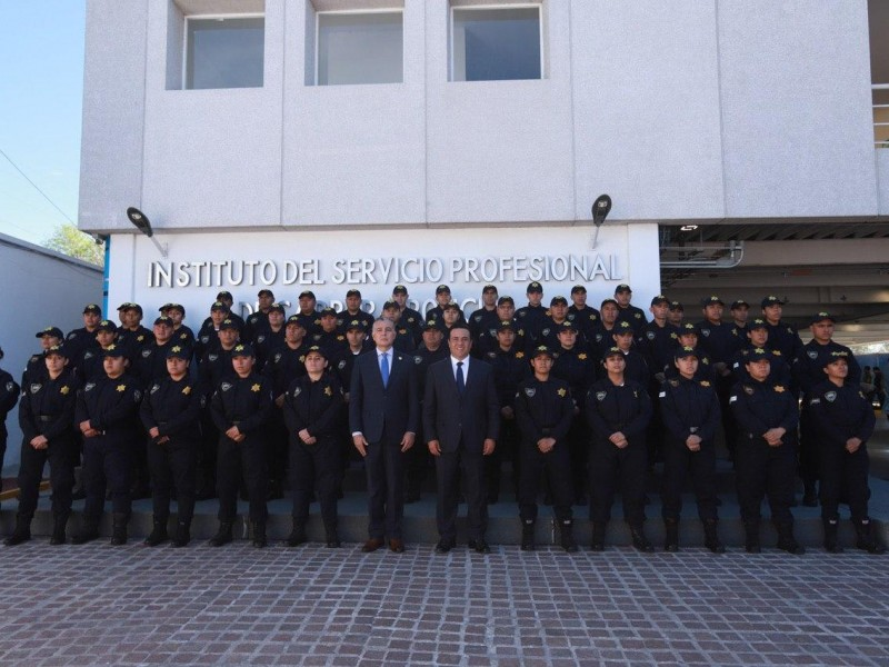 Reconocen a policías del municipio de Querétaro