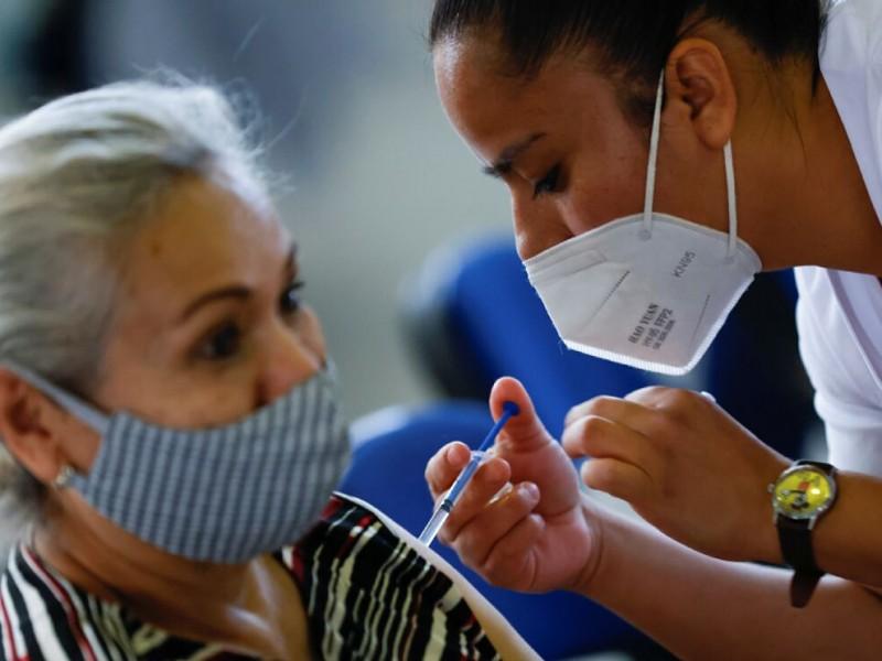 Récord vacunación contra covid, mayor a 500 mil dosis