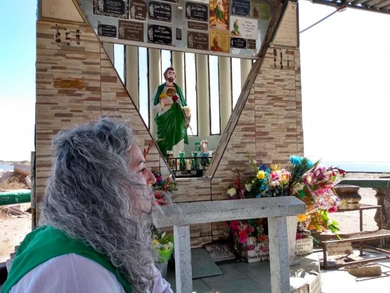 Recorre Nohemí 30 kilómetros hasta capilla de San Judas