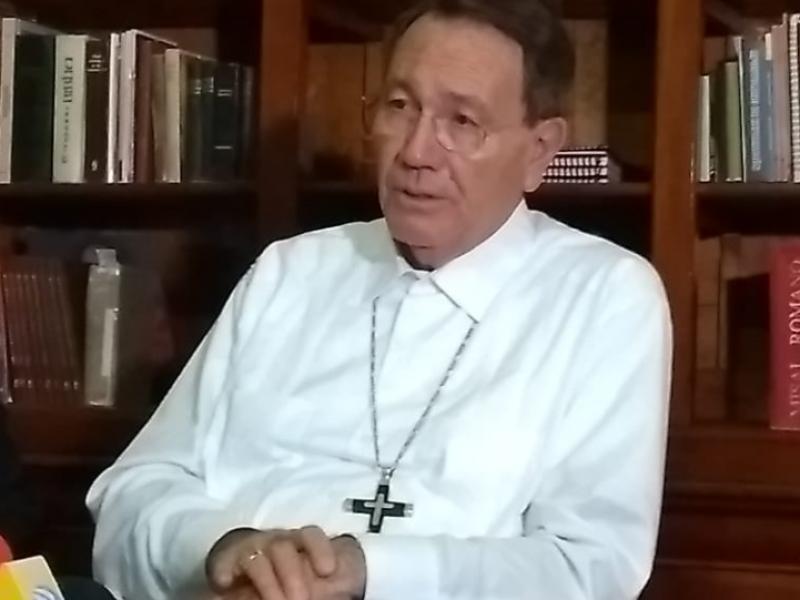 Recrimina obispo espectáculo porno