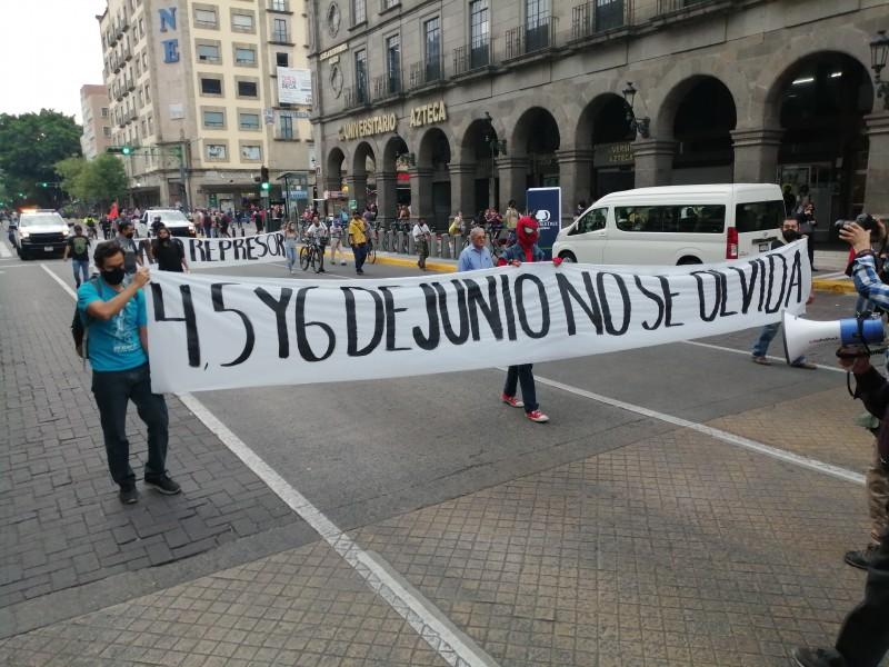 Recuerdan represión del 4 de junio con protesta