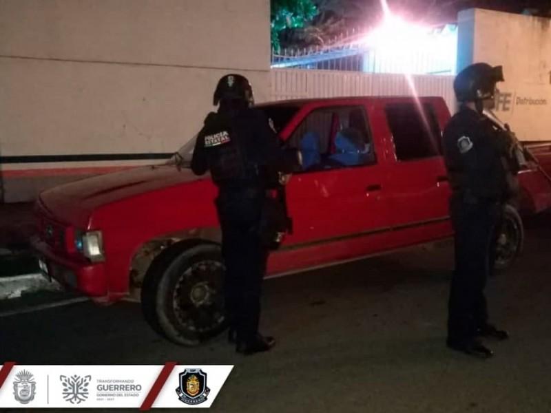 Recupera la Policía Estatal un vehículo en Zihuatanejo