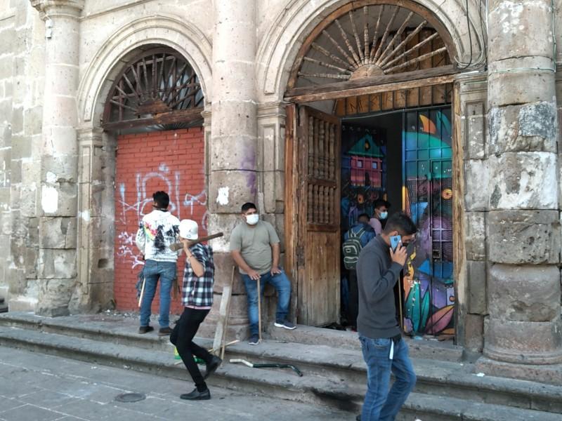 Recuperan Casa del Estudiante Isaac Arriaga, de la UMSNH