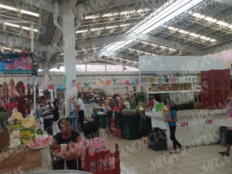 """Refuerzan medidas sanitarias contra Covid-19 en el mercado """"Ignacio Zaragoza"""""""