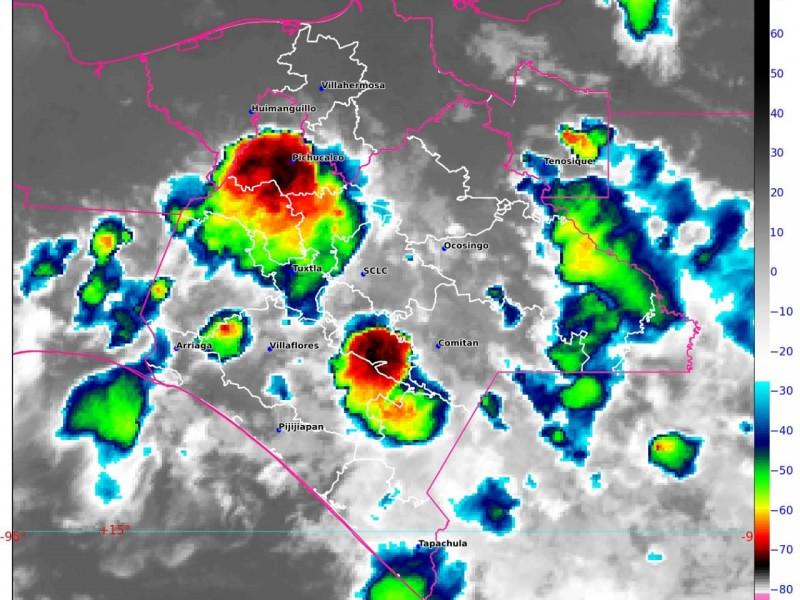 Región metropolitana registra fuertes lluvias