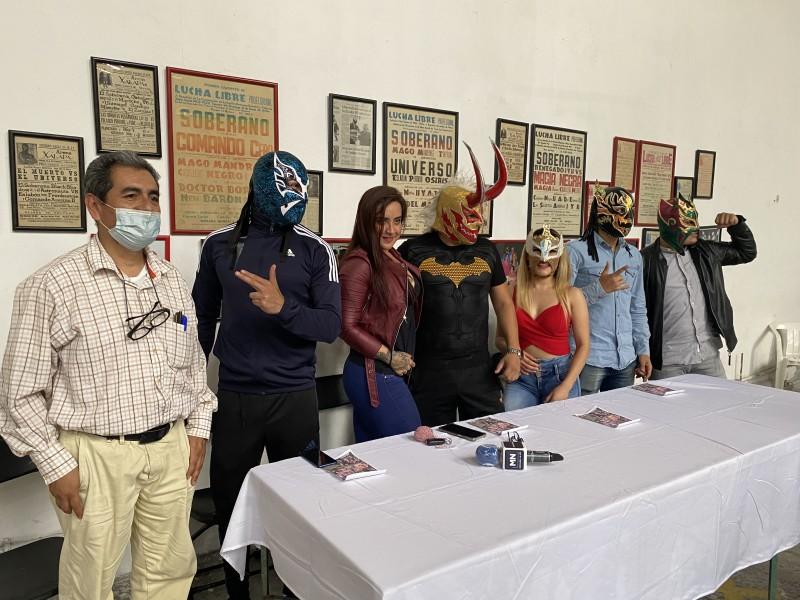 """Regresa la lucha libre a Xalapa con """"Noche de Campeones"""""""
