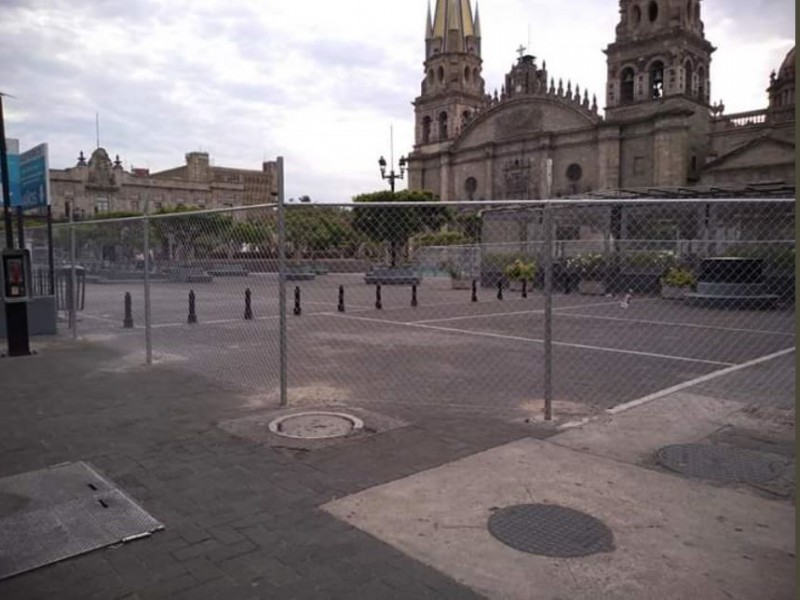 Rehabilita Guadalajara Plaza Tapatia y Plaza Universidad
