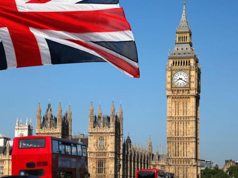 Reino Unido abre sus fronteras internacionales a 18 naciones
