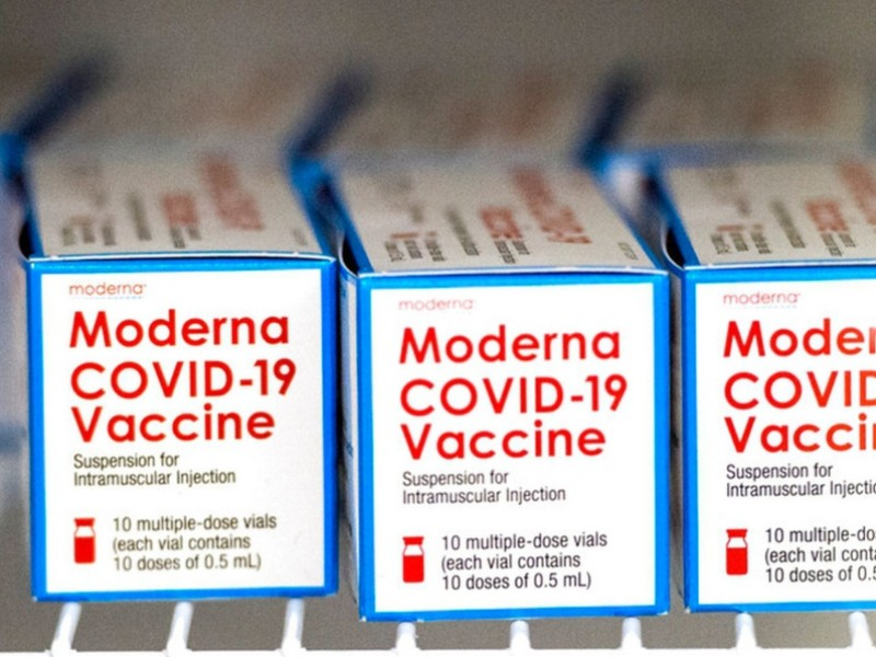 Reino Unido autoriza uso de vacuna Covid-19 de Moderna