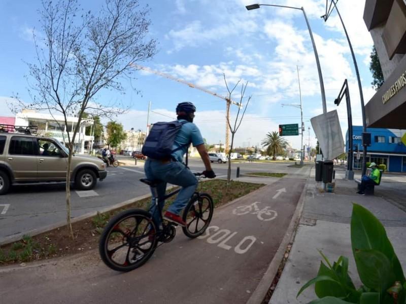 Remodelan ciclovía de Av. Federalismo