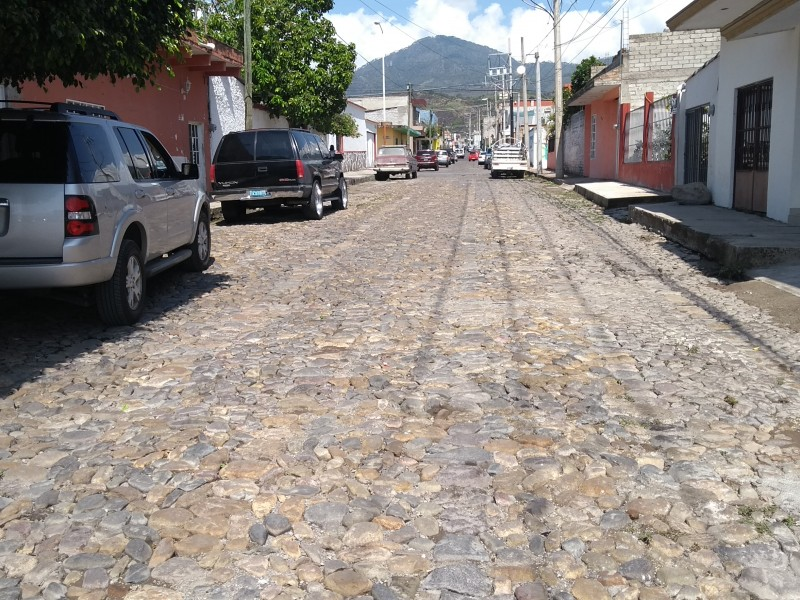Renovarán tres vialidades en cabecera municipal de Xalisco