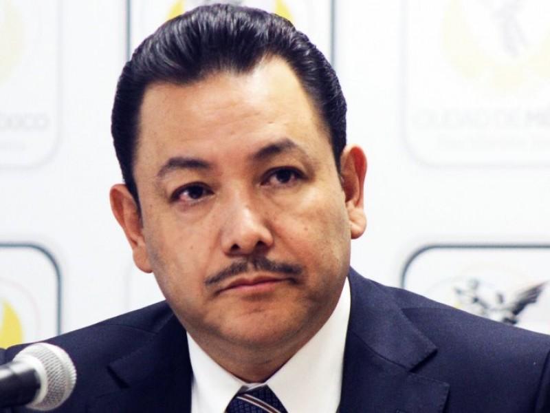 Renuncia el diputado Héctor Serrano al PRD