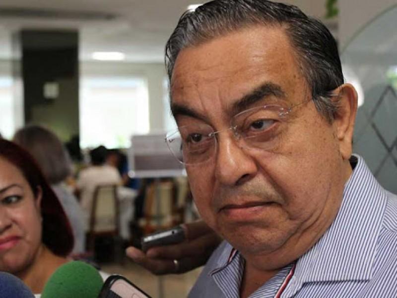 Renuncia Manuel Peraza a Bienestar Social; confirma aspiraciones a gubernatura