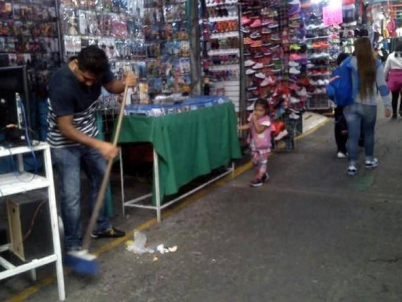 Reordenarán a vendedores ambulantes en Tacuba