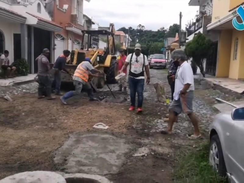 Repara SIAPA colapso en drenaje de colonia Valle Verde