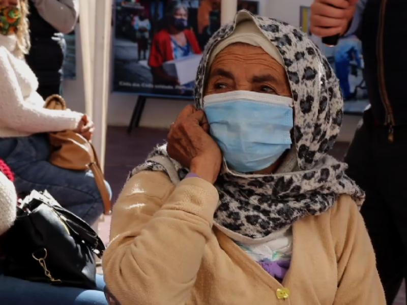 Reparten 50 mil pesos entre familias vulnerables