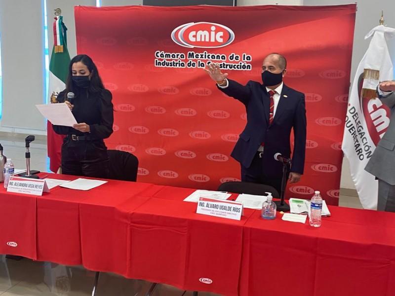 Repite Álvaro Ugalde como presidente de CMIC