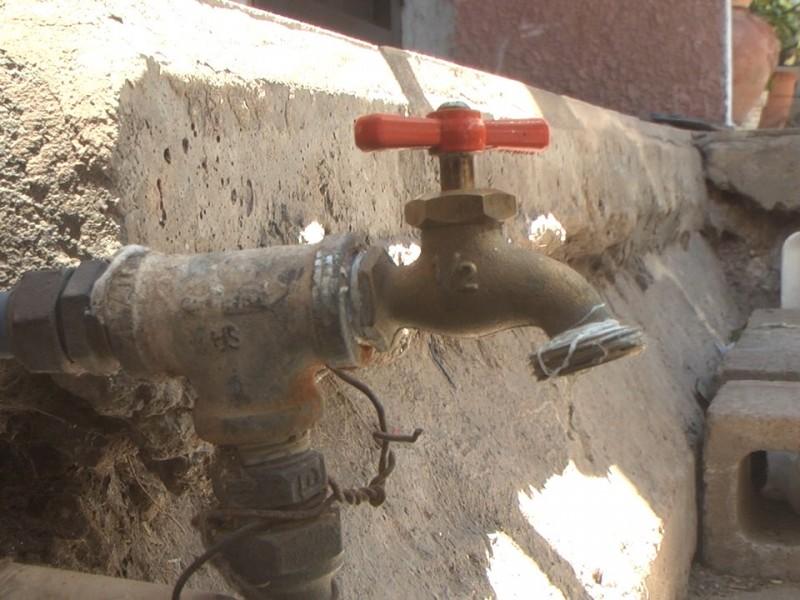 Reporta OOMAPAS nueva ruptura de tubería afectando a varias colonias