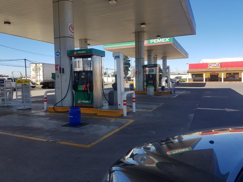 Reportan desabasto de gasolina en Edomex