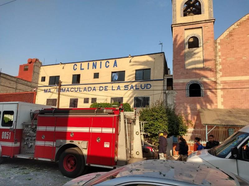 Reportan explosión en clínica de la Venustiano Carranza