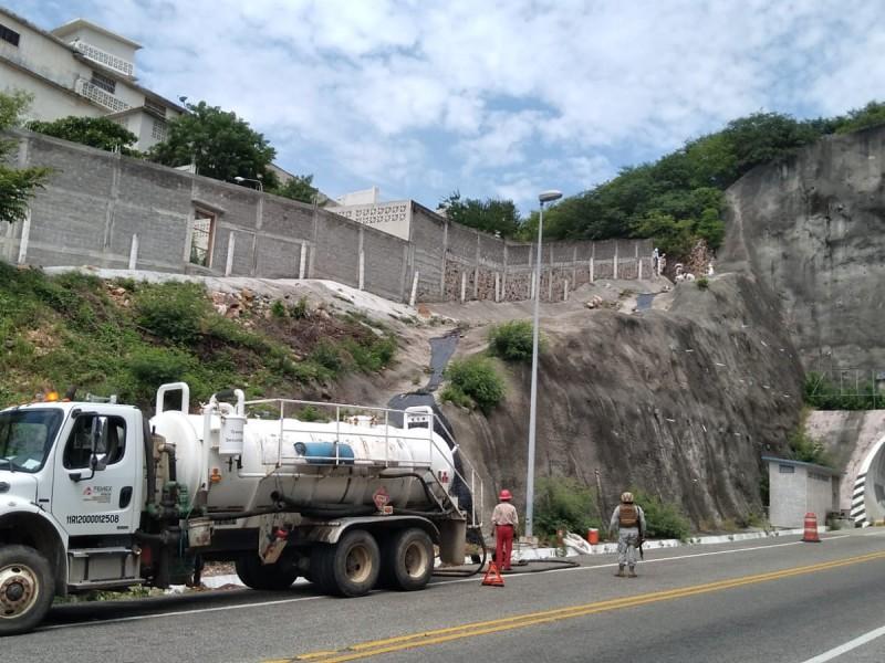 Reportan fuga de hidrocarburo en colonia San Pablo Sur