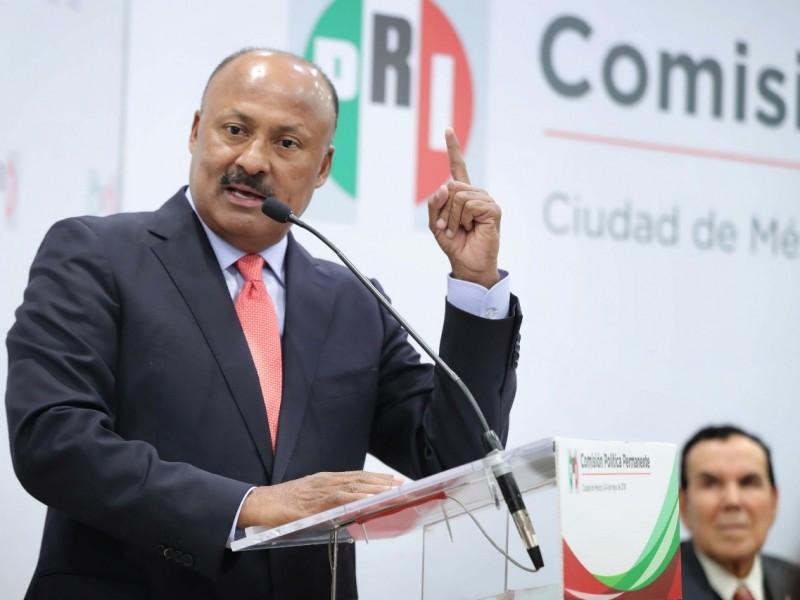 Reportan grave de salud a René Juárez Cisneros