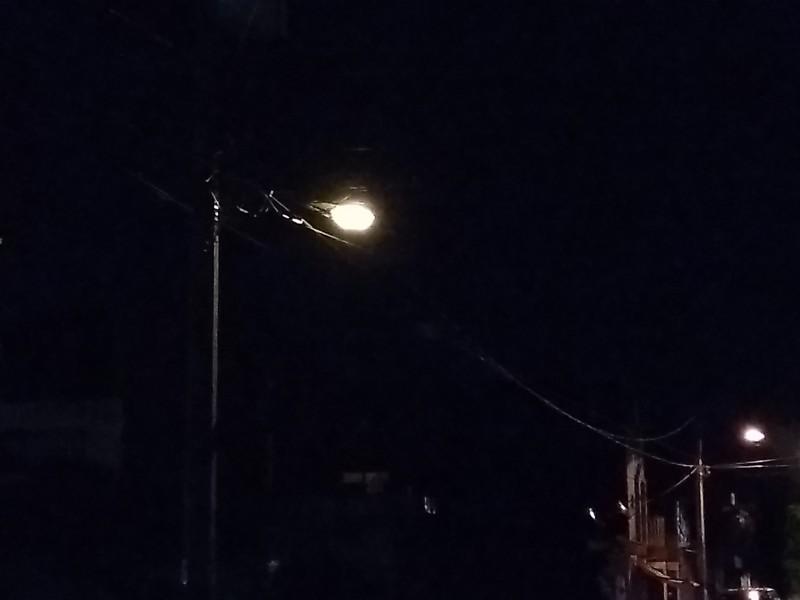 Reportan inseguridad en colonia Zamora, por luminarias descompuestas