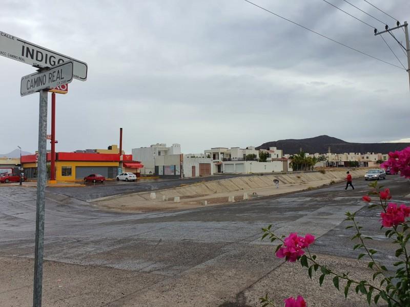 Reportan una ligera lluvia en colonias de La Paz
