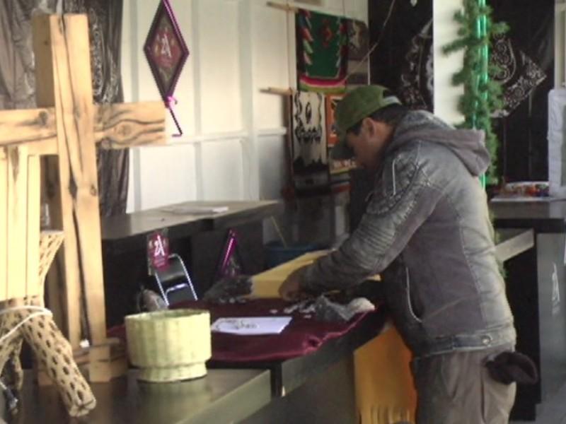 Reportan ventas bajas en corredor artesanal alameda