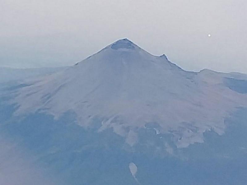 Reportan volcán Popocatépetl comportamiento moderado