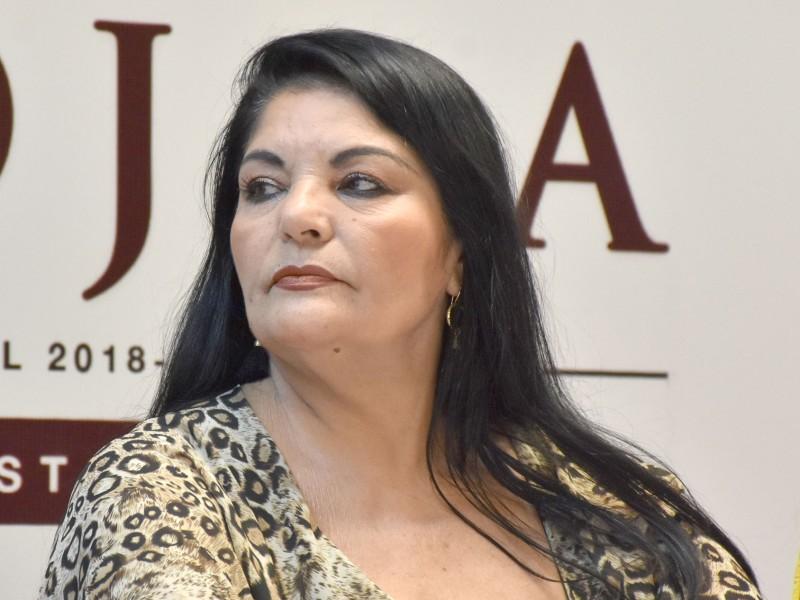 Reprocha alcaldesa criticas por baches en Navojoa