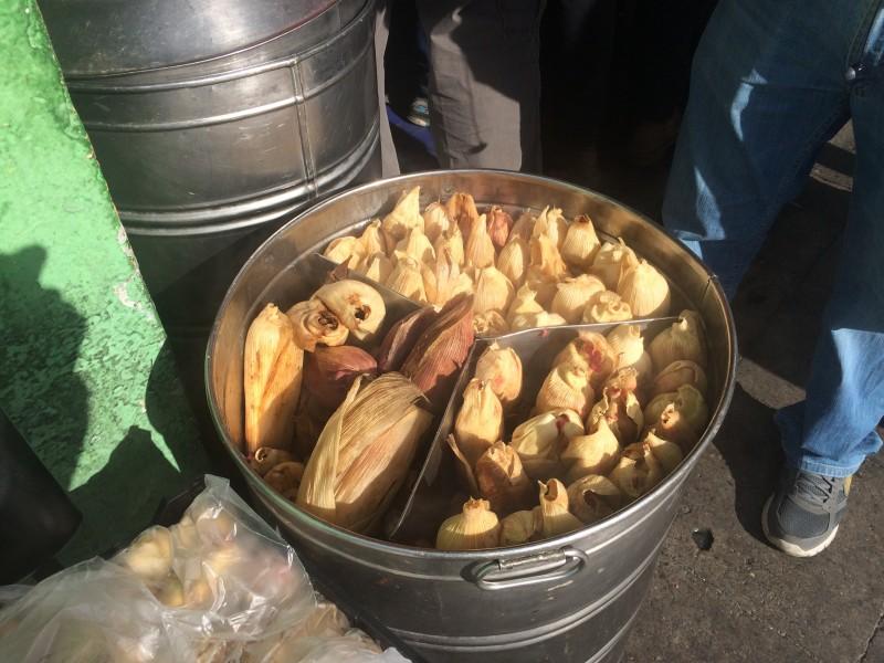 Repunta venta de tamales por La Candelaria
