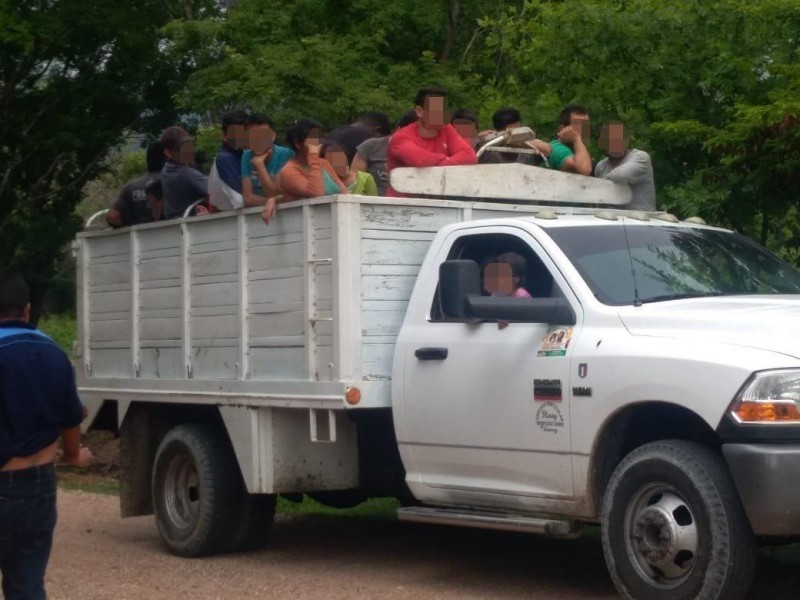 Rescata FGE 99 migrantes en Suchiapa
