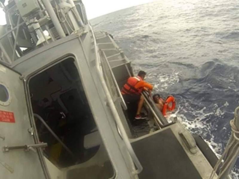 Rescatado tras 12 horas en el mar BCS