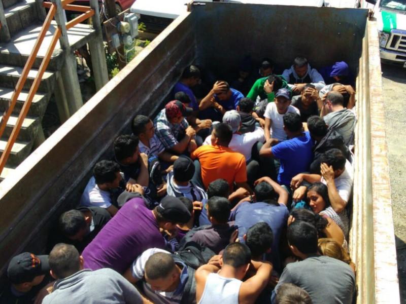 Rescatan a 40 migrantes centroamericanos en Chiapas