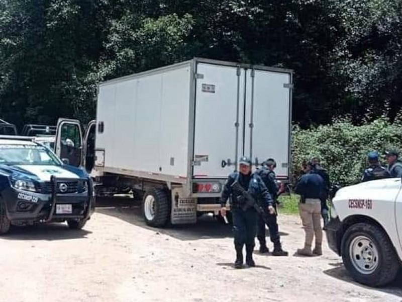 Rescatan a conductor de camión asaltado en Chignautla