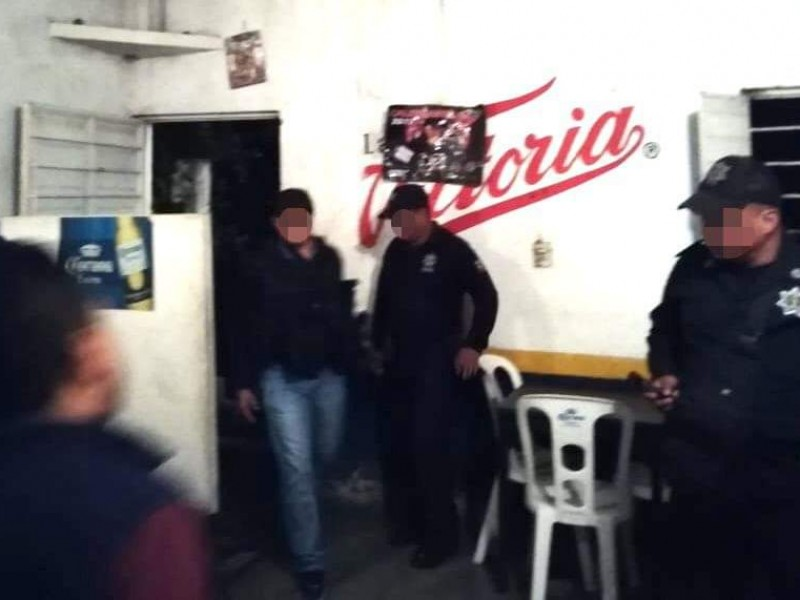Rescatan a dos menores de un bar:FGE