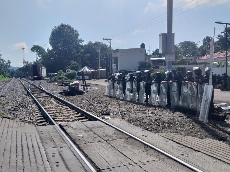 Resguardadas vías férreas de Caltzontzin