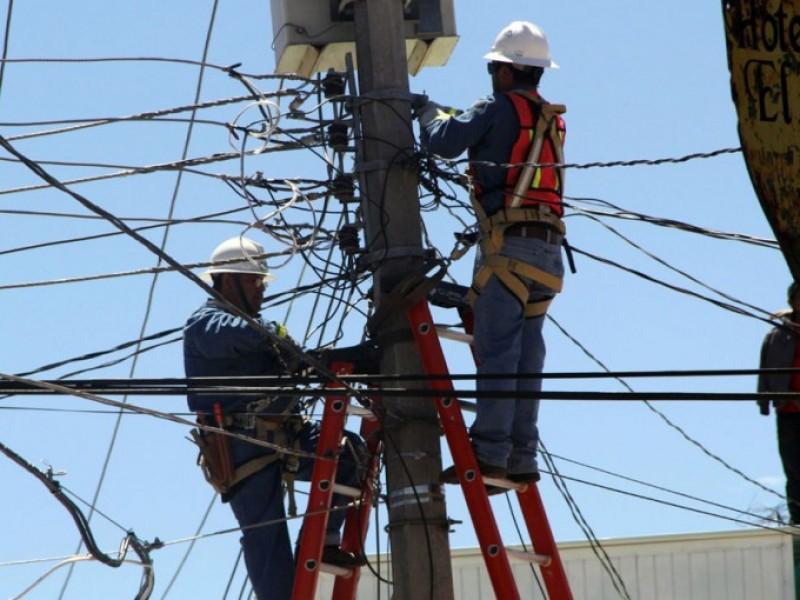 Restablecido 99% de servicio eléctrico: Sener