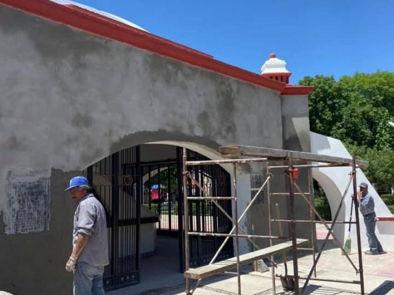 Restauran cripta de restos de Padre Kino, en Magdalena, Sonora