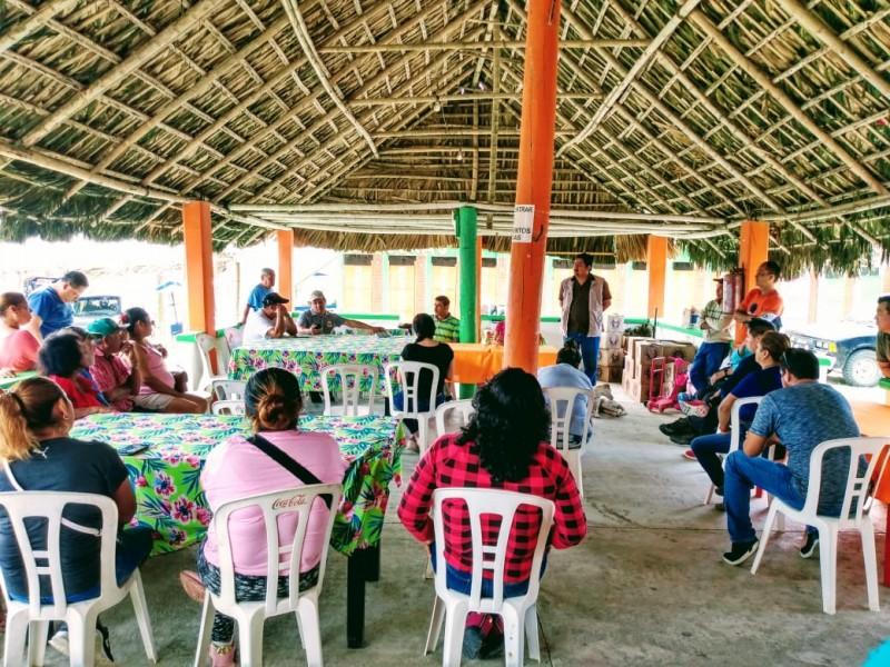 Restauranteros en playa, preocupados por declive económico