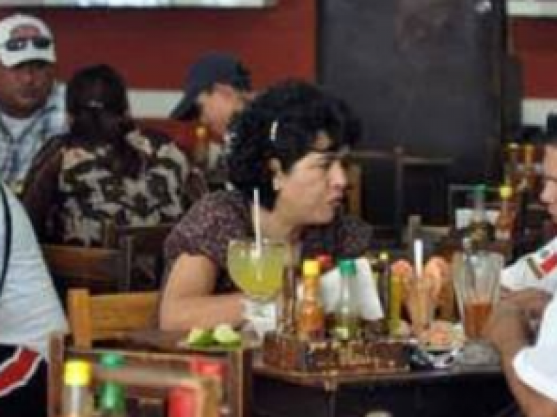 Restauranteros esperan recuperar ganancias en el último bimestre