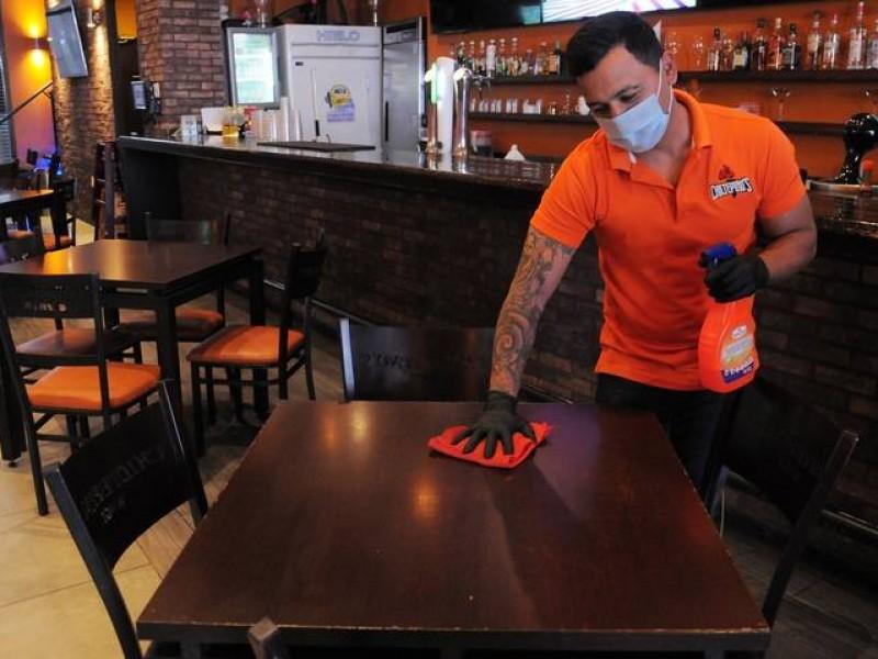 Restaurantes pedirán a sus trabajadores certificado de vacunación COVID-19